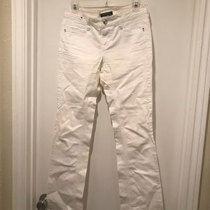 White House Black Market Noir fit White Jeans